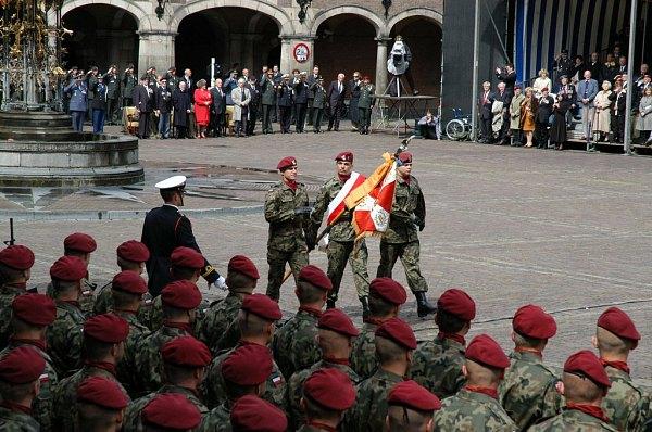 Trotse Poolse militairen -Poleninfo-